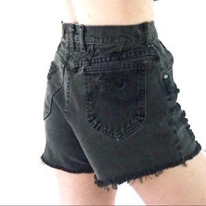 80's VINTAGE LEE Black High Waisted Denim Shorts